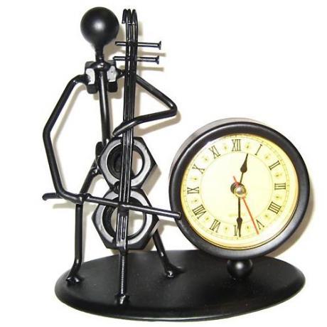 Cellist + Uhr